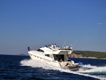 Oyster Luxury Cruising (7)
